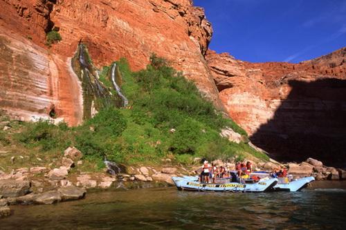 Сплав по реке Колорадо в Большом Каньоне